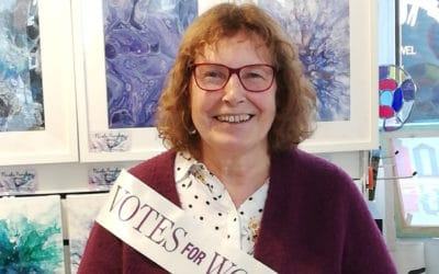Suffragettes at Littlehampton book supports local domestic abuse service